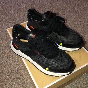 New!! Michael Kors sneakers. 5.5